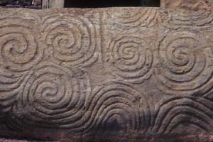 Newgrange_Entrance_Stone